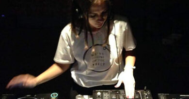 Clara Torres – Djane / Abogada